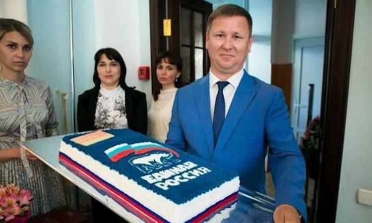 Представителя севастопольского отделения партии «ЕР» Игоря Кучерявого отпустили под домашний арест