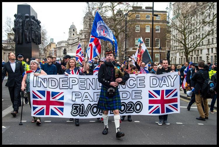 Граждане ЕС пожелали Соединенному Королевству всего наилучшего