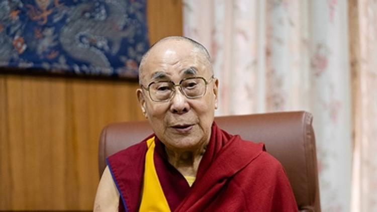 Далай-лама посоветовал, какую мантру читать для борьбы с коронавирусом