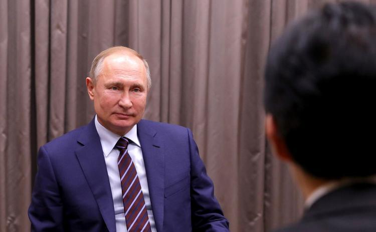 Владимир Путин рассказал о том, как поддерживают участие ученых в конференциях