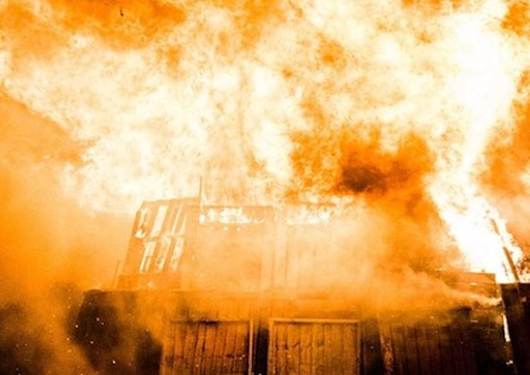 В Югре пятиклассник спас младшего брата из горящего дома