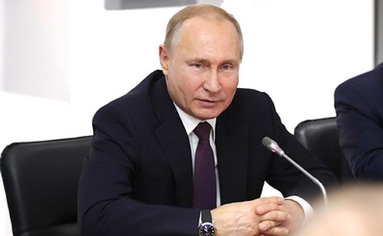 Путин дал распоряжения по развитию Крыма и Севастополя