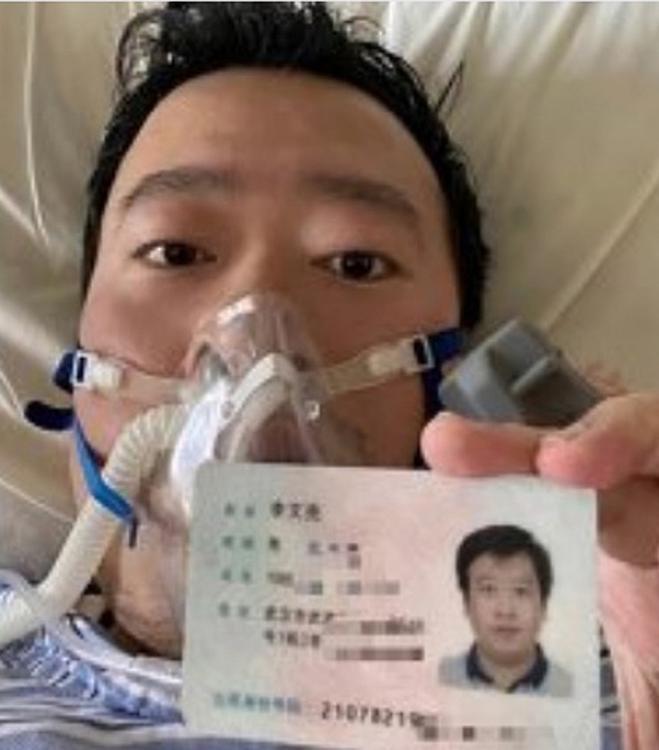 Врач, первым сообщивший о коронавирусе, скончался в Китае