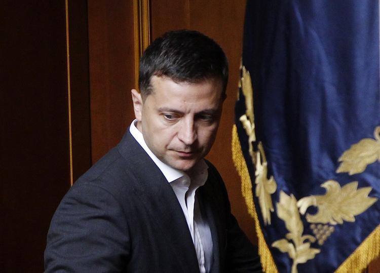 Украинский юрист раскрыла выгоду войны в Донбассе для окружения Зеленского