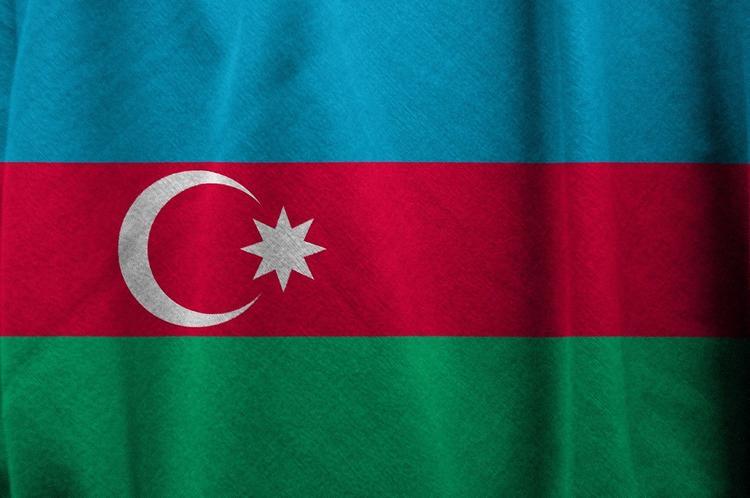 В Баку в жилом доме произошел взрыв, есть пострадавшие
