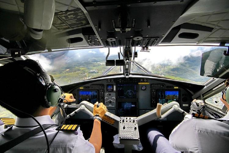 Бывший летчик объяснил, почему в Китае увольняют российских пилотов
