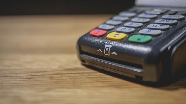 Эксперт дал советы по защите от нового способа кражи денег со счетов