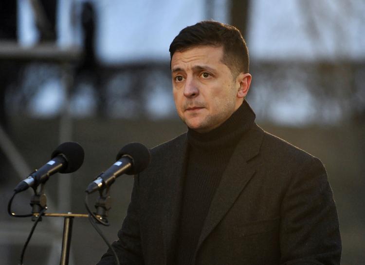Зеленский: Киев готов к диалогу с населением Донбасса