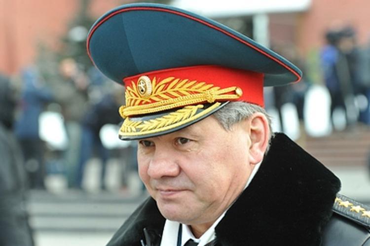 В связи с Днем  защитника Отечества у россиян будут трехдневные выходные