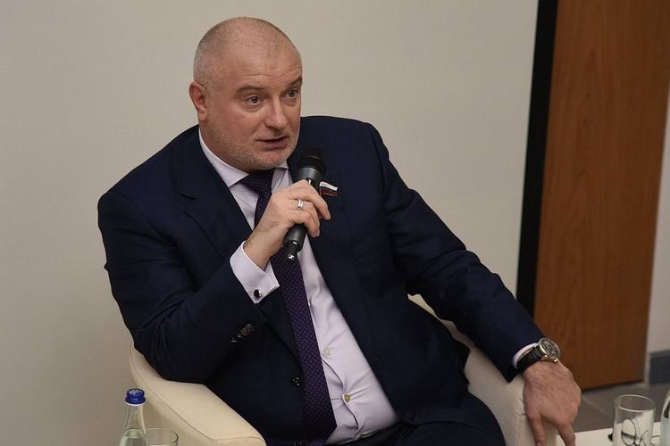 В Конституцию предлагают внести норму о недопустимости отчуждения какой‑либо территории РФ