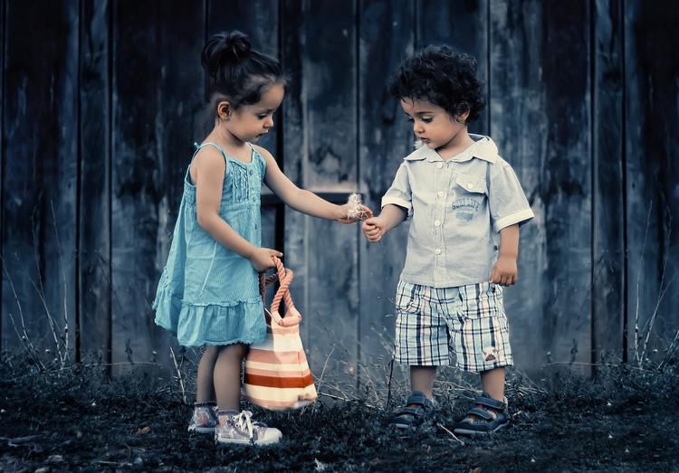 По миру среди детей распространяется игра, из-за которой ребёнок может стать инвалидом