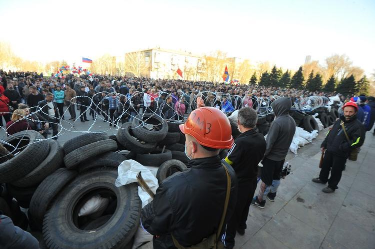 Украинский дипломат придумал способ выдавить «Россию из Донбасса» без войны