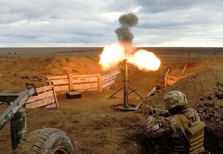 Возможный сценарий уничтожения Киевом республик Донбасса озвучили на Украине