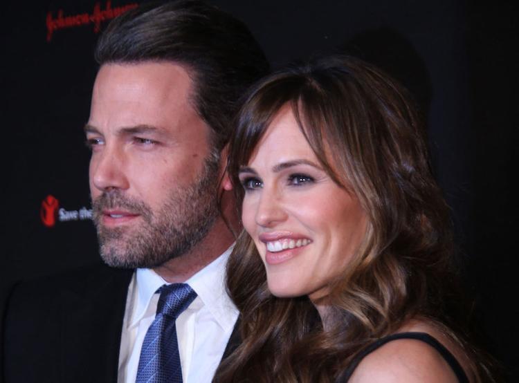 Бен Аффлек признался, что его брак с Дженнифер Гарнер распался из-за его пагубной привычки