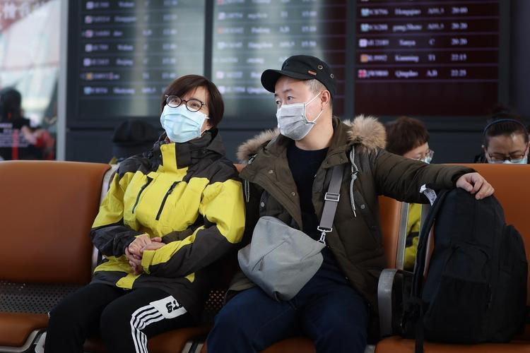 Китайцев с подозрением на коронавирус будут отправлять в карантин с помощью мобильных приложений