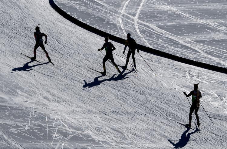 Полиция обыскивает номера отеля сборной России по биатлону на ЧМ