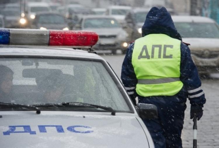 Один человек погиб из-за столкновения автомобиля с деревом в Новой Москве