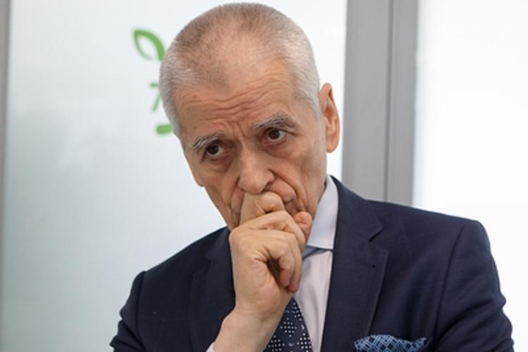 Геннадий Онищенко предупредил, что татуировки опасны не только гнойным воспалением, но и раком