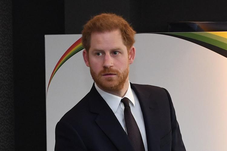 Недовольного и уставшего принца Гарри заметили в Шотландии