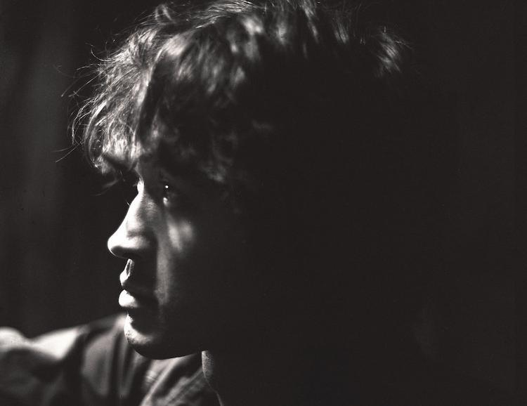 Эксперт рассказал о нестыковках в официальной версии гибели музыканта Виктора Цоя