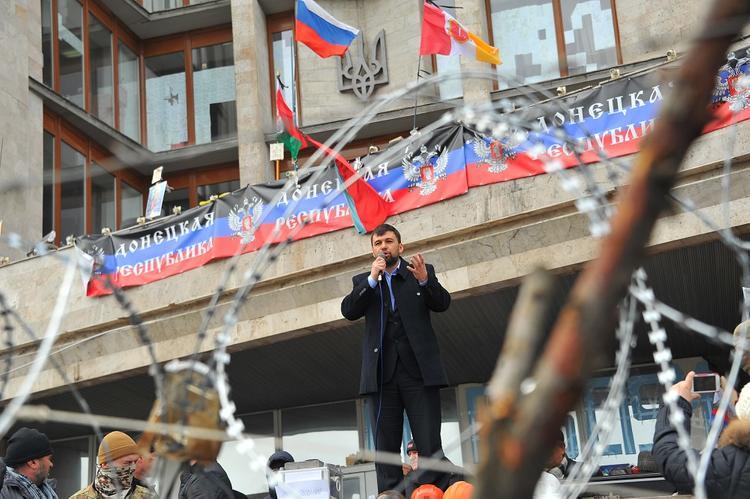 Экс-министр обороны Украины придумал способ вернуть Донецк и Луганск без войны