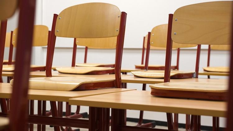 В Магнитогорске школьник скончался во время урока
