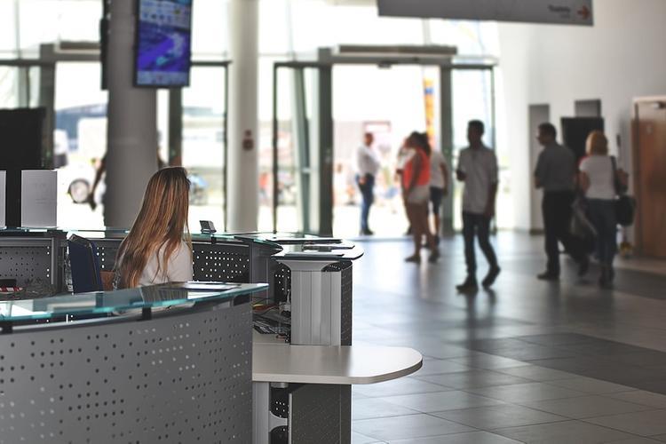 Роспотребнадзор: пассажиров всех международных рейсов проверяют на признаки коронавируса