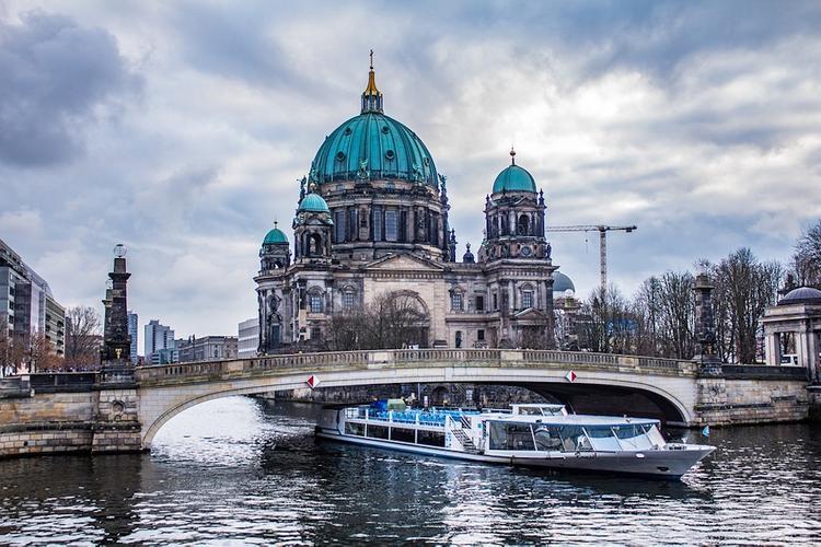 Количество заболевших коронавирусом в Германии выросло до 684