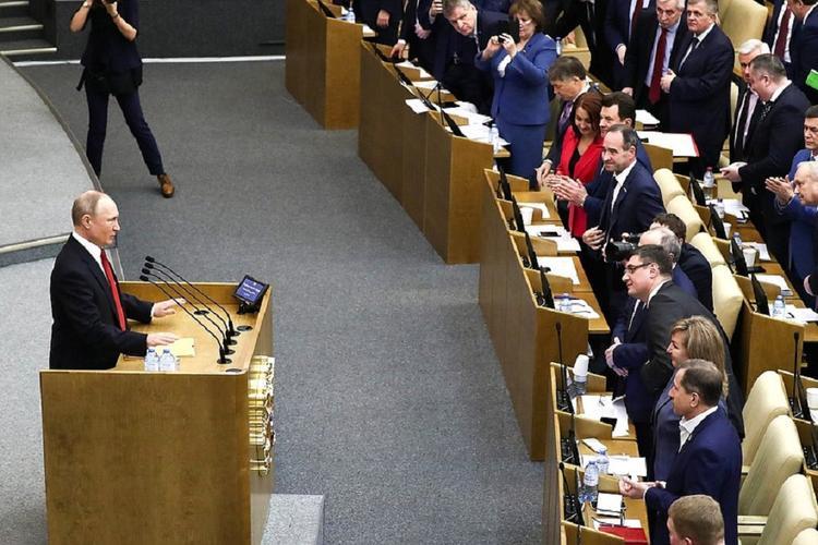 Путин заявил, что общество ждет его решений по вопросам формирования госвласти
