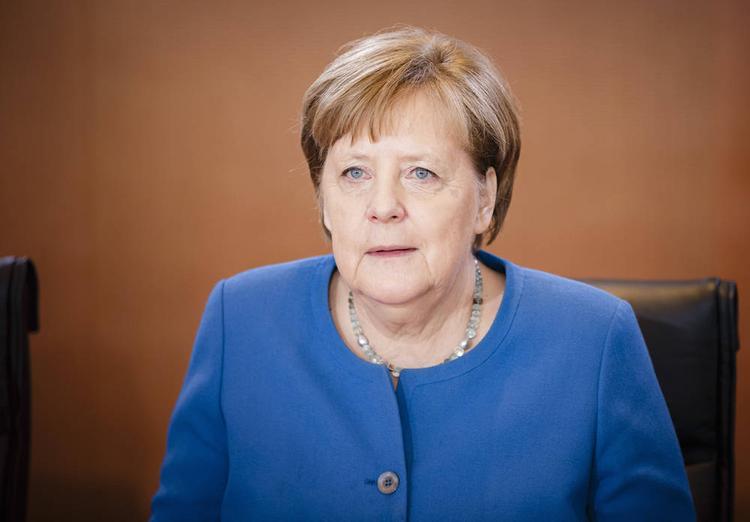 Меркель не считает, что из-за коронавируса следует закрывать границу ФРГ