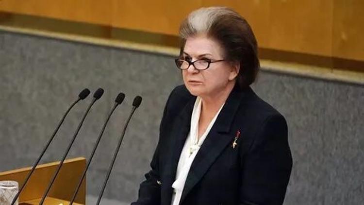 «Это атаки на нашу страну», Терешкова, предложившая обнулить президентские сроки, заявила, что ее противники не любят Россию