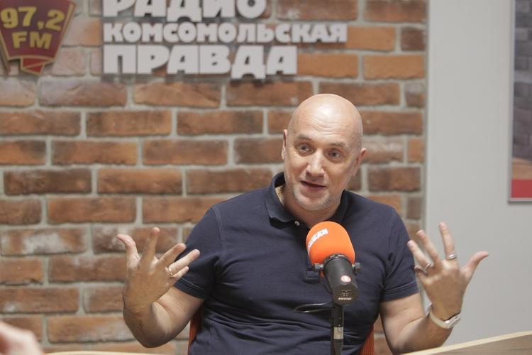 Прилепин раскритиковал творчество Шнурова: «Его песни забудут через пять лет»