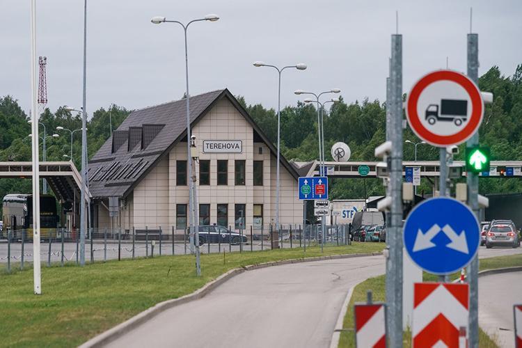 Латвия закроет границы?