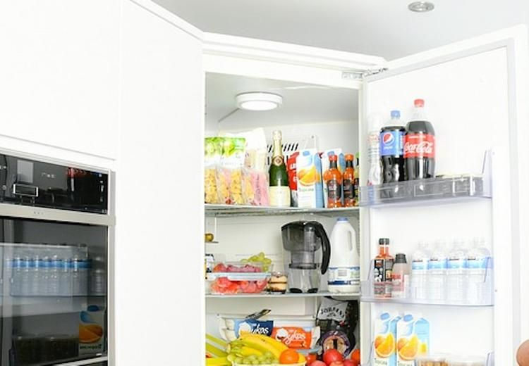 Эксперты рассказали, как правильно хранить продукты в холодильнике