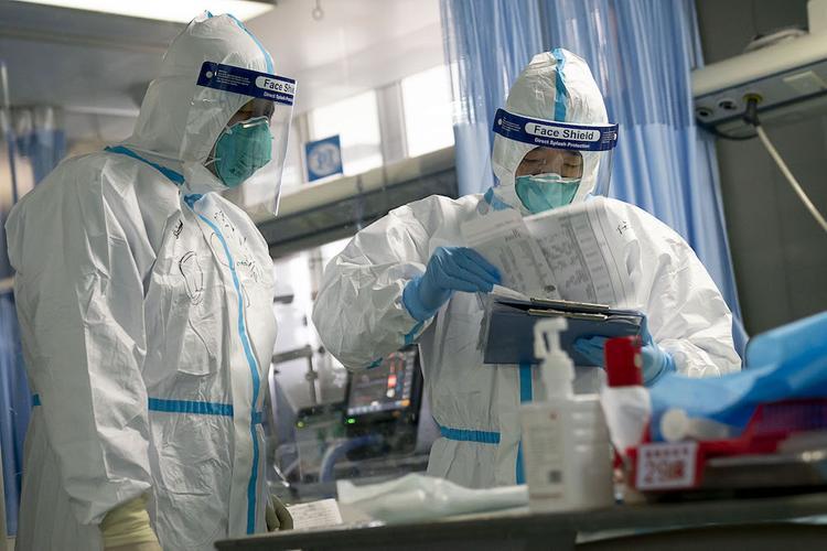 Врач Андрей Волна: новый вирус недостаточно исследован