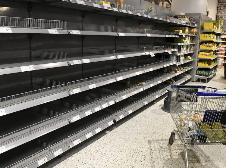 Эксперт назвал три главных опасности ажиотажного спроса на продукты питания