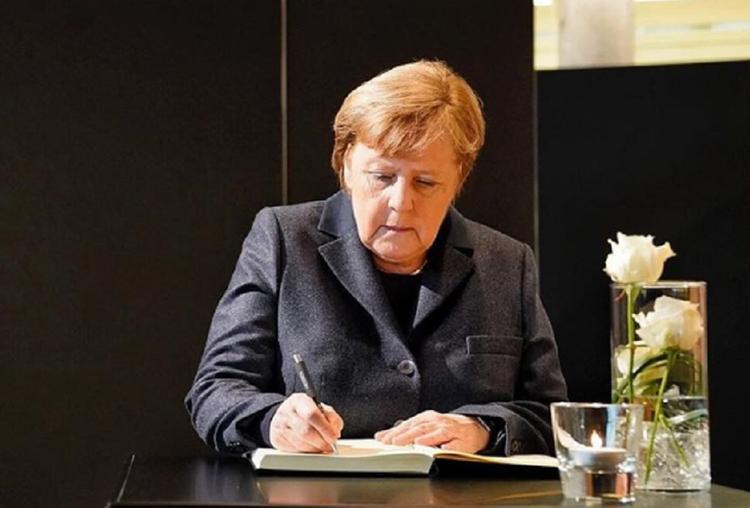 Меркель ушла на карантин после общения с заболевшим коронавирусом врачом