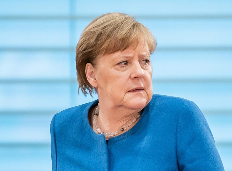 Власти ФРГ рассказали о самочувствии Ангелы Меркель, которая ушла на карантин
