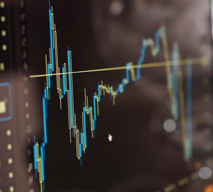 Цены на нефть в начале торгов упали ещё на восемь  процентов
