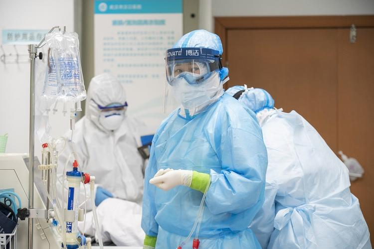 Доктор медицинских наук дал четыре совета по защите от коронавируса COVID-2019