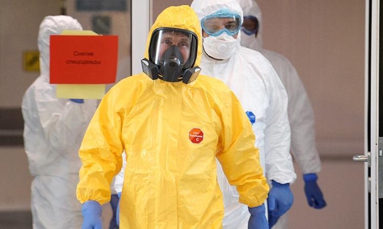 Владимира Путина от заражения коронавирусной инфекцией защитил американский костюм