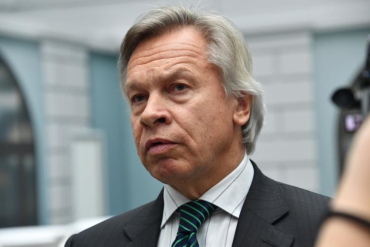 Пушков иронично отреагировал на слова о «бесполезной» российской помощи Италии