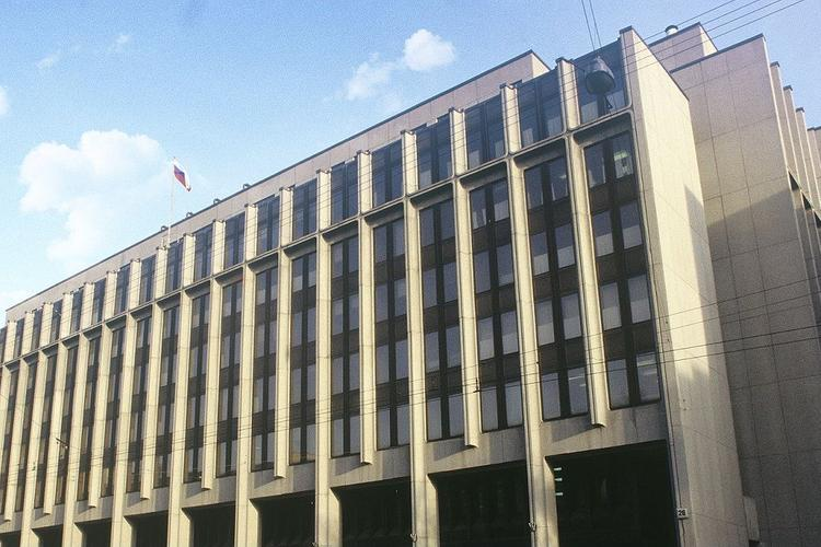Совет Федерации поддержал закон о заморозке цен на лекарства в условиях эпидемий
