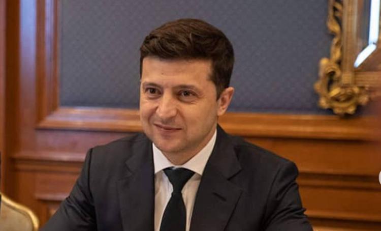 Зеленский пригрозил, что чиновников будут лечить в тех больницах, которые они сами построили