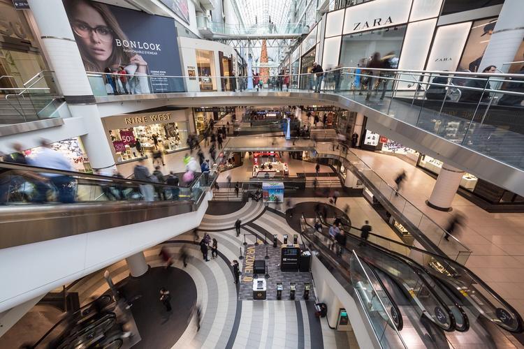 В Амурской области власти ввели запрет детям до 16 лет посещать торговые центры без родителей
