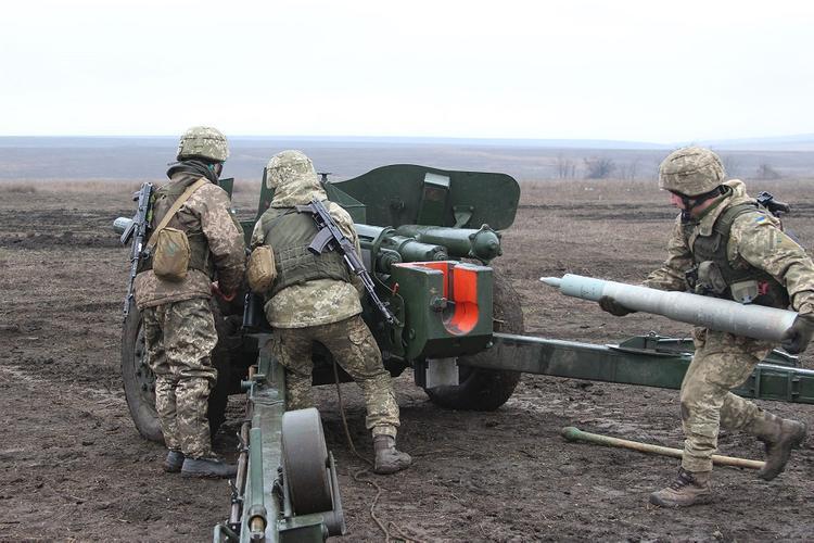 Стрелков рассказал, когда армия Украины может атаковать непризнанные ДНР и ЛНР