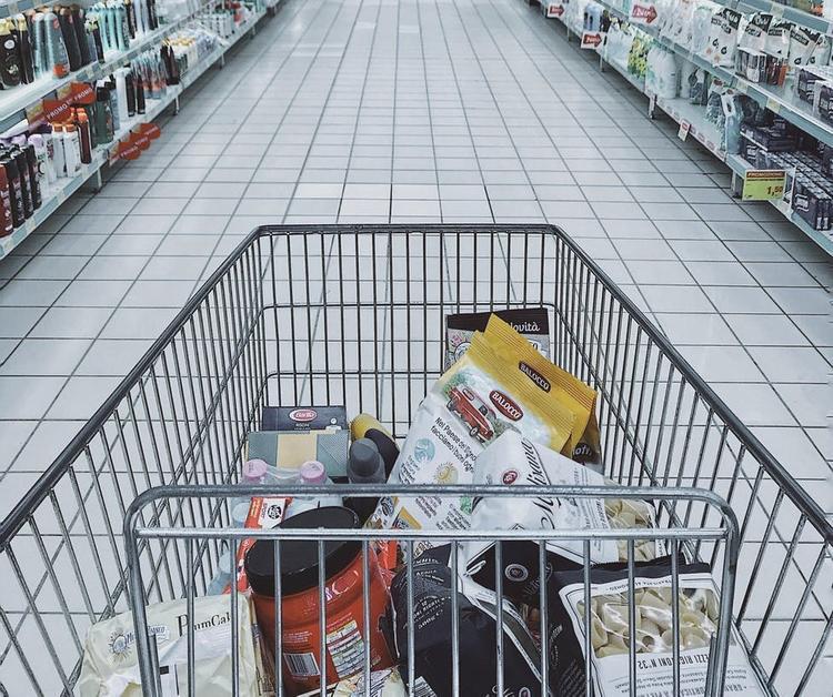 Телеведущий Владимир Соловьев высказался о россиянах, устроивших  «ажиотах в магазинах   перед выходными»