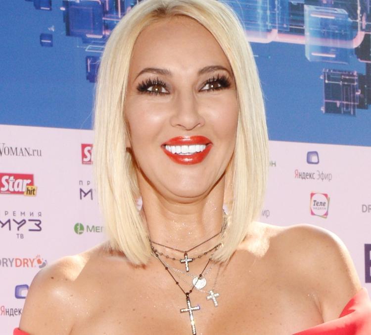 Лера Кудрявцева сдала тест на коронавирус и самоизолировалась