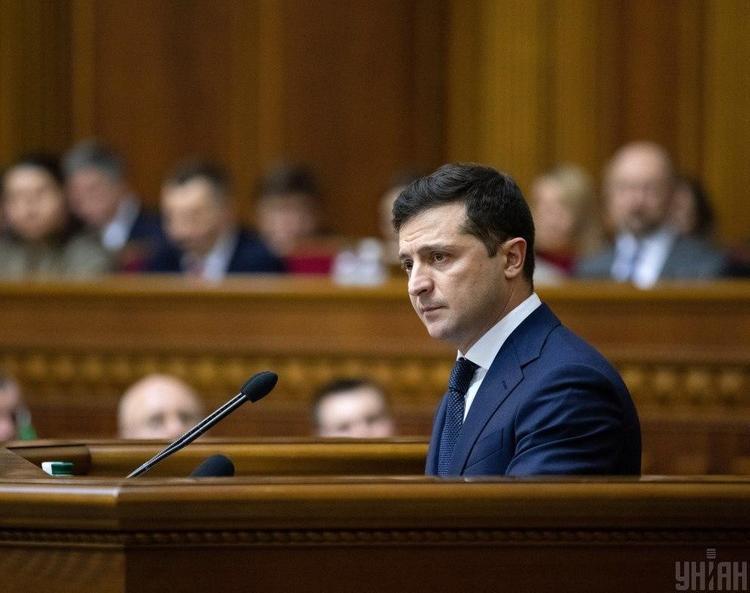 Зеленский сообщил  об угрозе дефолта на Украине