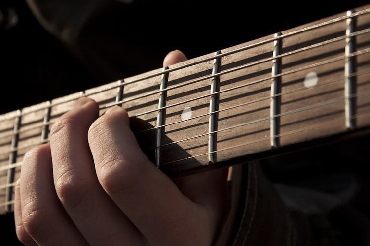 Известный американский кантри-музыкант скончался от коронавируса